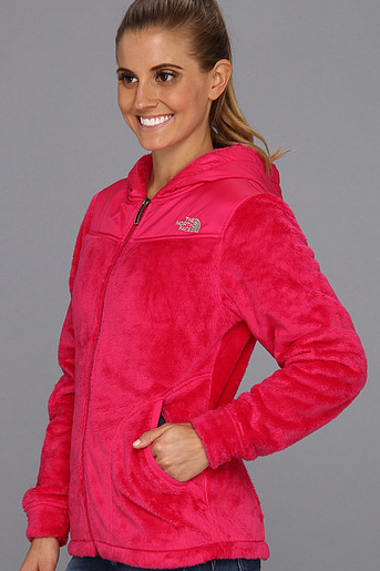 e9e56ad5d1d8 Grab an amazing deal on North Face Oso Jackets today at 6pm