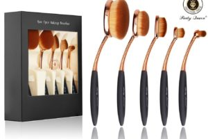 *LIGHTNING DEAL* 74% off 5pc. Makeup Brushes!