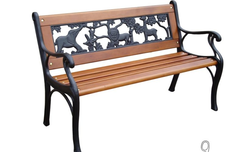 $22 Kids Patio Bench from Lowes!