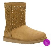 OMG!  RUN!! Ugg Boots only $24.95! + FREE Shipping