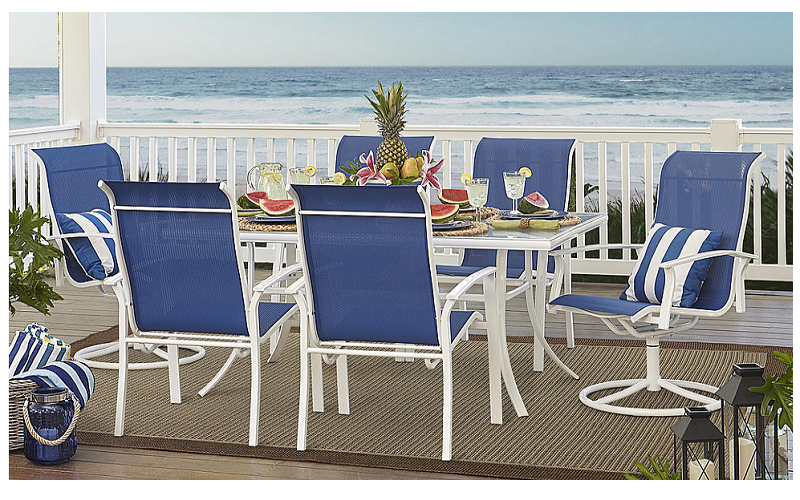 FREE Outdoor Dining Set
