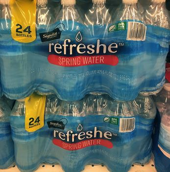 WOW!! SIGNATURE SELECT SPRING WATER ONLY 8¢ A BOTTLE